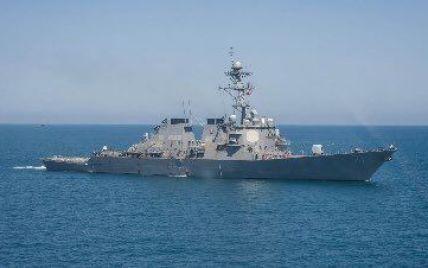 Американський ракетний есмінець прямує в Чорне море для участі у військових навчаннях