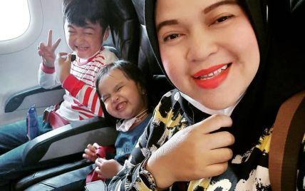 Авіакатастрофа в Індонезії: оприлюднили останнє повідомлення матері з дітьми, які були на борту (фото)