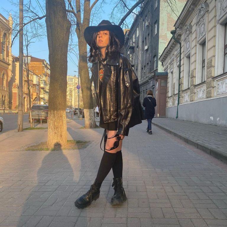 16-летняя Маша Полякова вызвала споры видео с репетиции своей группы