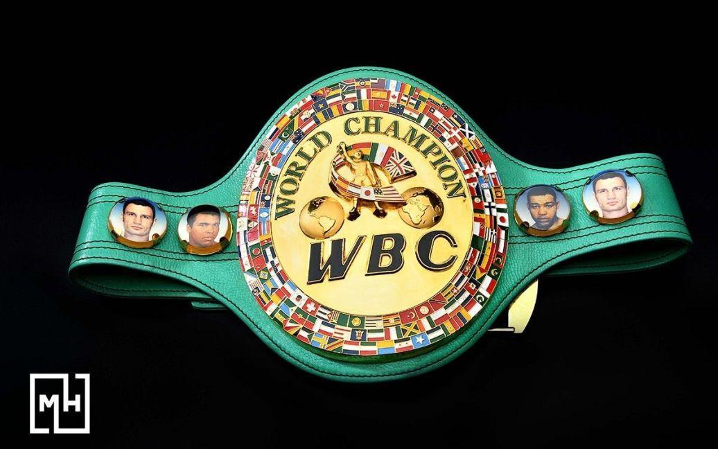 """Головний чемпіонський пояс за версією WBC Віталія Кличка / © прес-служба каналу """"1+1"""""""