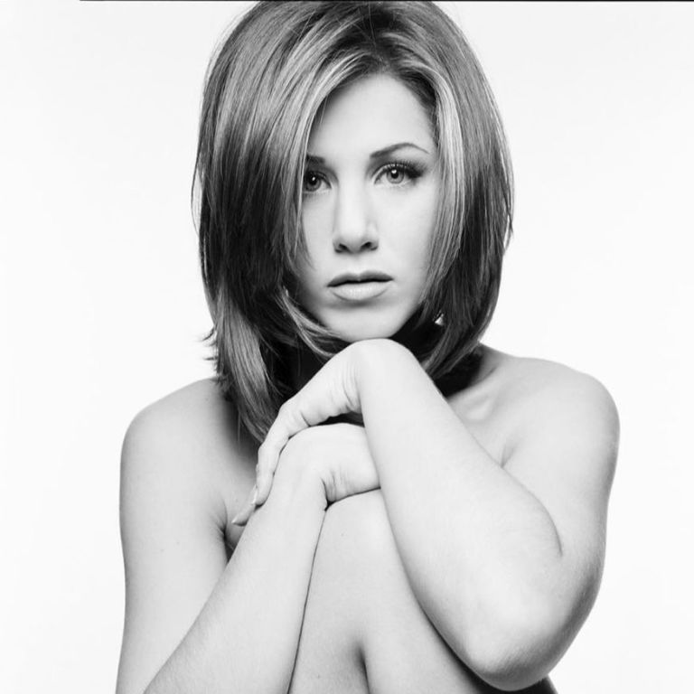 Не Дженніфер Еністон єдиною: зірки, які люблять позувати оголеними