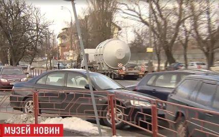 """Вулицями Києва проїхав двигун від """"Мрії"""" вартістю 10 мільйонів доларів"""