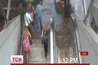 Одну зі станцій вашингтонської підземки затопило під час шторму
