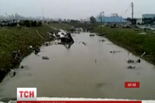Масштабний торнадо пронісся на сході Китаю