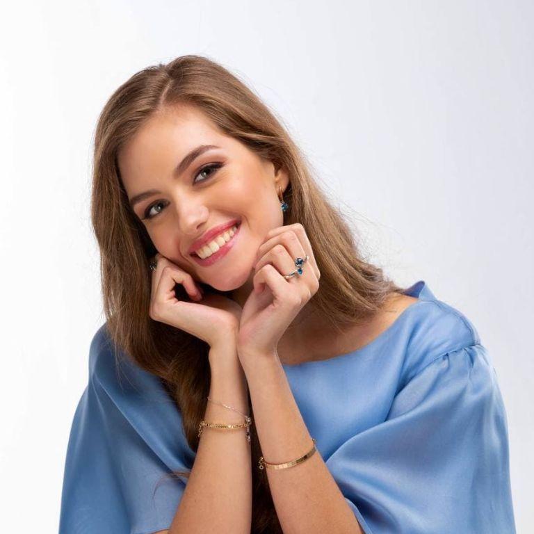 """Молода дружина Дмитра Комарова зачарувала вродою: """"Дивовижна"""""""