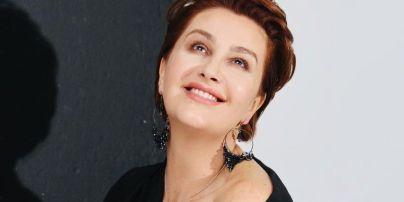 49-річна Сніжана Єгорова показала обличчя без макіяжу зблизька