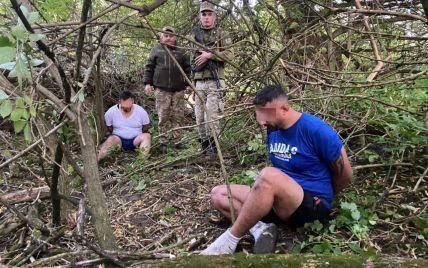 Иностранцы пытались нелегально попасть из Украины в Польшу, переплыв реку: течение вернуло их обратно