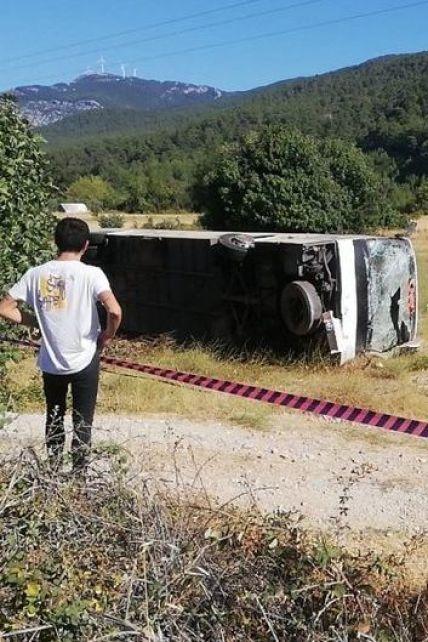 Серцевий напад у водія та 35 постраждалих українців: усе, що відомо про ДТП автобуса у Туреччині