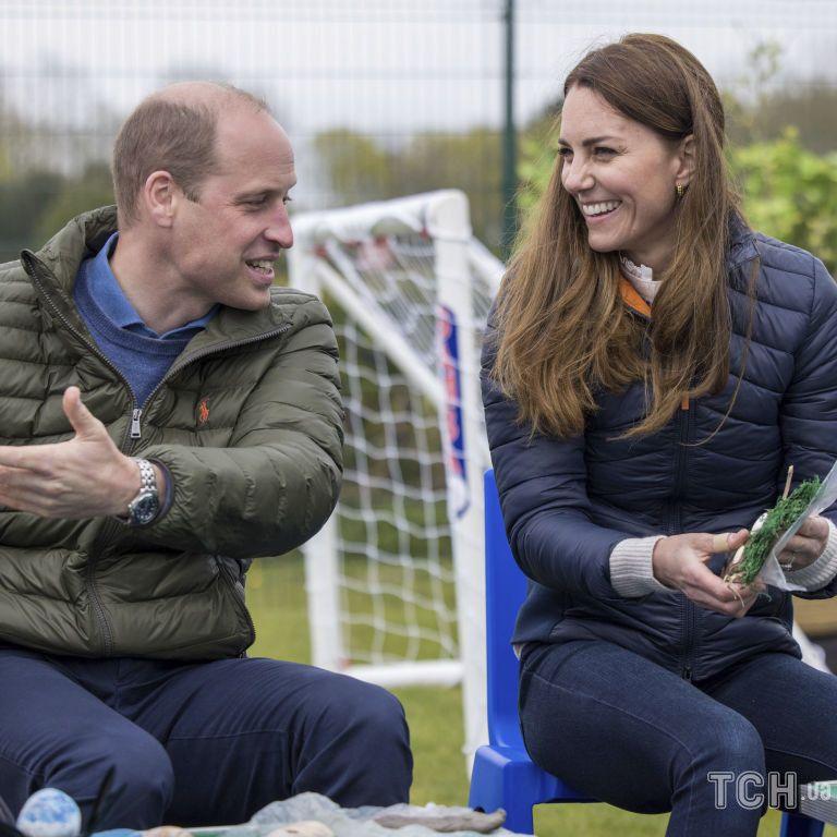 Грали в теніс і садили квіти: Кейт і Вільям показали відео з нового королівського заходу