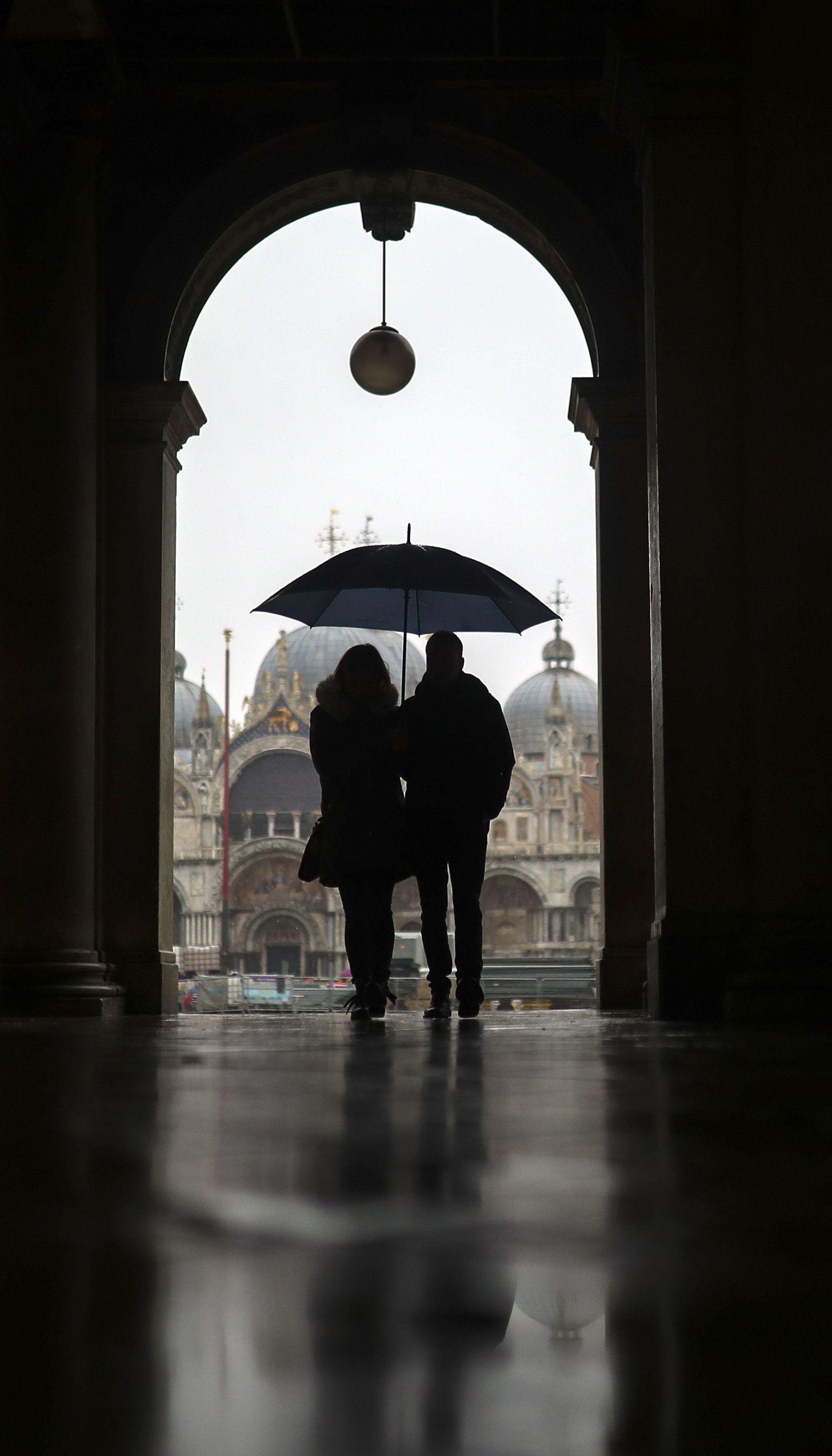 В Италии появились COVID-паспорта: без них нельзя работать