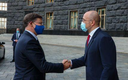 Украина выполнила условия для получения второго транша помощи от ЕС — Шмыгаль