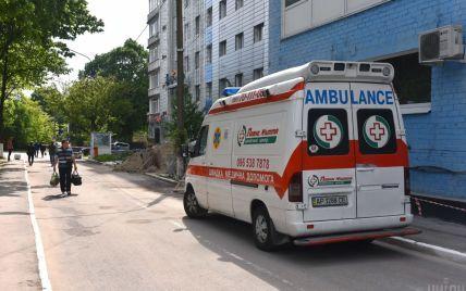 У Львові авто збило 14-літню дівчинку на переході: травмовану дитину ушпиталили
