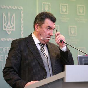 """""""Как только у нас будут соответствующие документы"""": СНБО не исключает закрытия других антиукраинских телеканалов"""