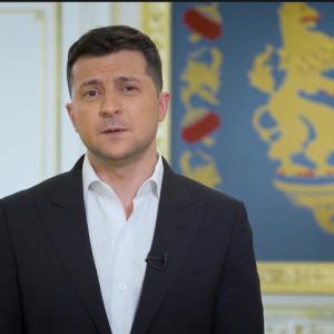 """""""Окажутся вне игры"""": Зеленский хочет вынести закон об олигархах на всеукраинский референдум"""