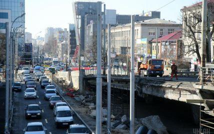 Ремонт на Шулявці: ТСН проінспектувала демонтаж, а чиновники назвали кількість аварійних мостів в Україні