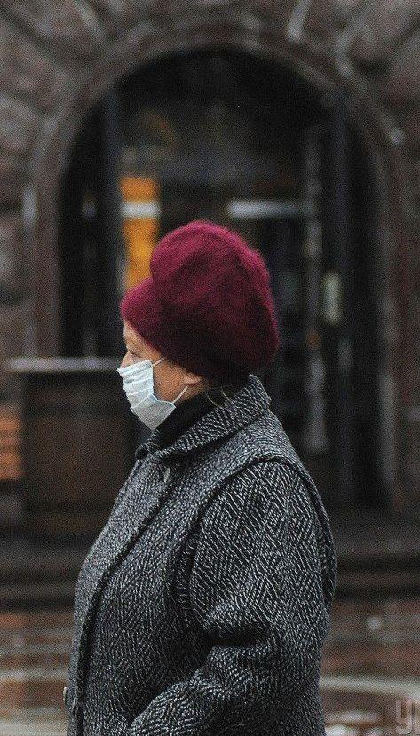 Больше всего инфицированных — в Киеве, а смертей — в Днепропетровской области: коронавирус в регионах 4 декабря