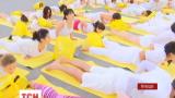 Сотни тысяч людей по всему миру отметили День йоги