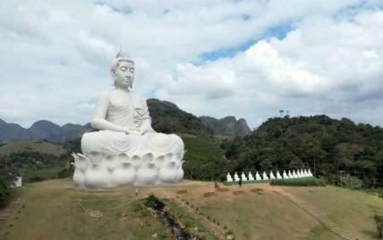 Вищий за монумент Христа в Ріо: у Бразилії встановили гігантського Будду