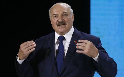 """""""Врос в эту страну, она — у меня"""": Лукашенко заявил, что """"очень скоро"""" уйдет"""