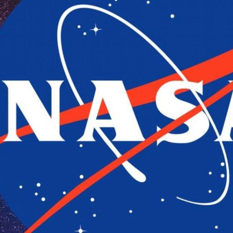Конкурс від NASA: допоможіть обрати ім'я для манекена, який полетить на Місяць
