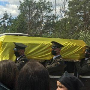 У Житомирській області попрощалися із 22-річним розвідником, який загинув на Донбасі