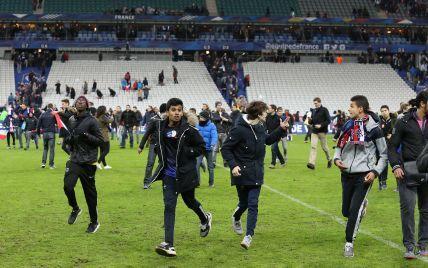 WSJ рассказал, как террористы планировали убить сотни людей на стадионе в Париже