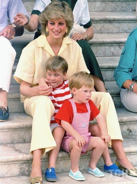 Принцесса Диана с сыновьями Уильямом и Гарри / © Associated Press