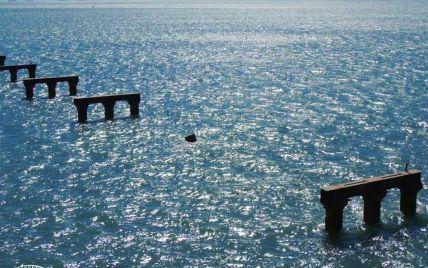 В Сети появилось фото Керченского моста после тарана турецким судном