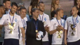 Чемпионство Динамо: Бетао пел гимн Украины, а жены динамовцев подарили крутую песню