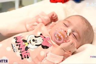 Подвійне диво: іспанські хірурги провели унікальну трансплантацію серця двомісячній дівчинці