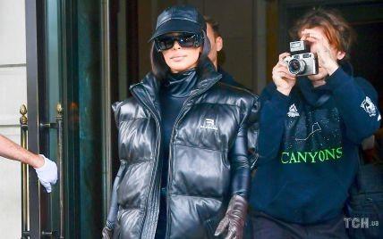 Вся в шкірі: Кім Кардашян продемонструвала новий аутфіт від Balenciaga на вулицях Нью-Йорка