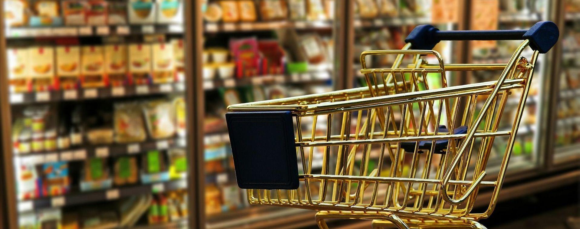 Продукти, одяг, транспорт чи алкоголь: на що у 2020 році найбільше коштів витратили українці
