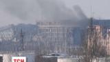 У Донецькому аеропорту через масований обстріл зруйнувалися перекриття між поверхами