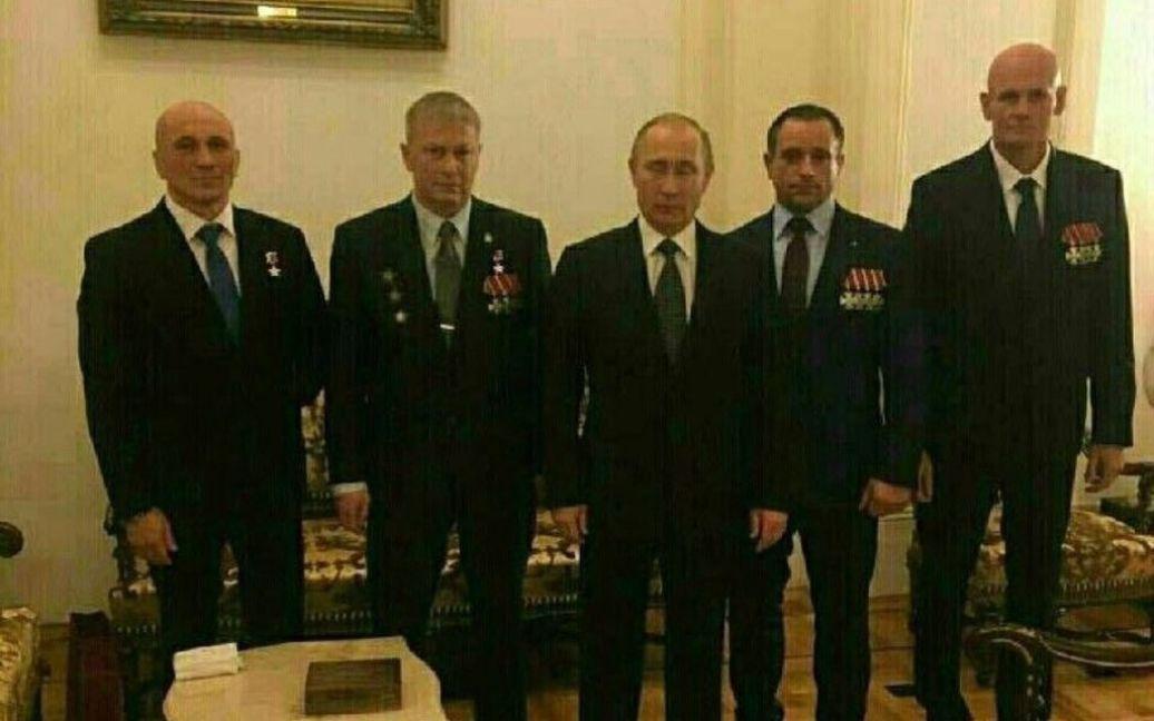 """Награжден Путиным """"Вагнер"""" (справа) / © Фото из социальных сетей"""