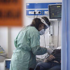 Британский штамм коронавируса: ученые опровергли высокую смертность
