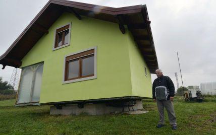 Жена жаловалась на однообразный вид из окна: архитектор-самоучка построил вращающийся дом
