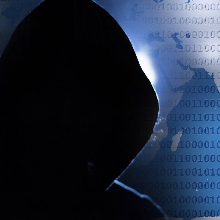 Во Флориде объявили режим ЧП из-за атаки хакеров на компанию Colonial Pipeline