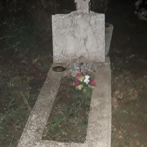 В Запорожье задержали троих мужчин, которые надругались над могилами
