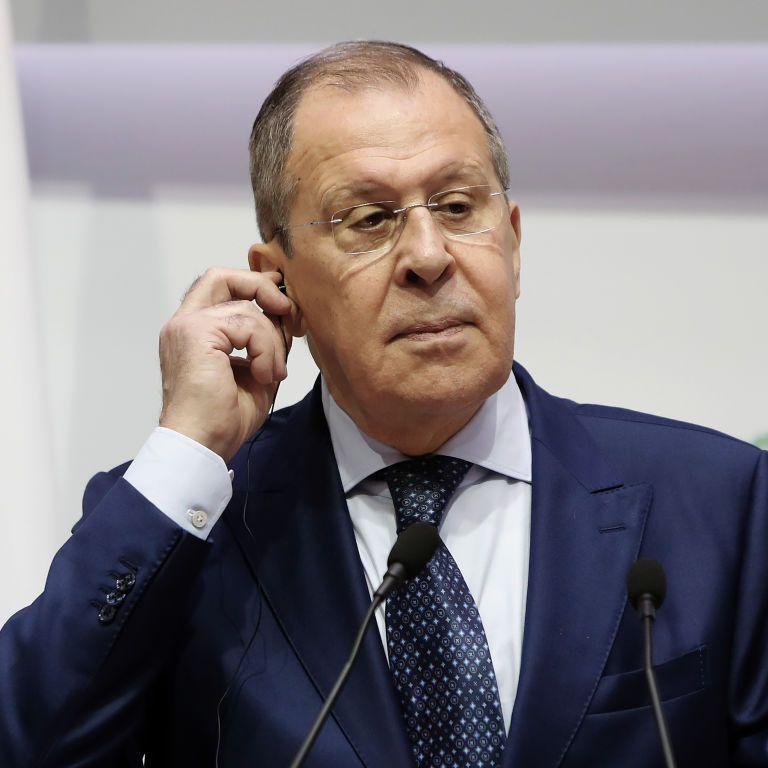 """Лавров обвинил ЕС в """"мании величия"""" и заявил, что Берлин вряд ли предоставит РФ доказательства по делу Навального"""
