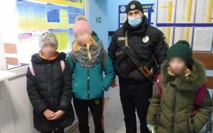 Пішли щедрувати і зникли: в Одеській області понад 5 годин розшукували трьох дівчат