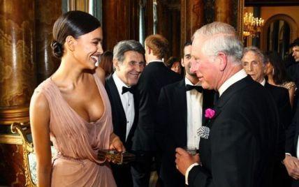 Принц Чарльз засмотрелся на декольте Ирины Шейк