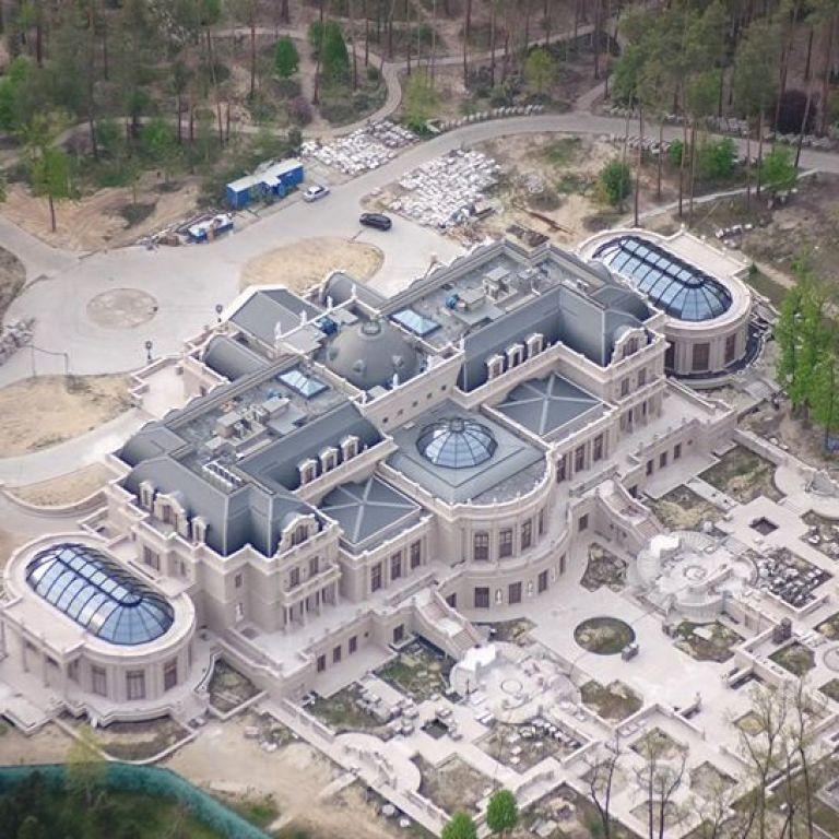 """""""Кінець епохи бідності"""": уМережі показали розкішний маєток, який імовірно належить олігарху Ахметову"""