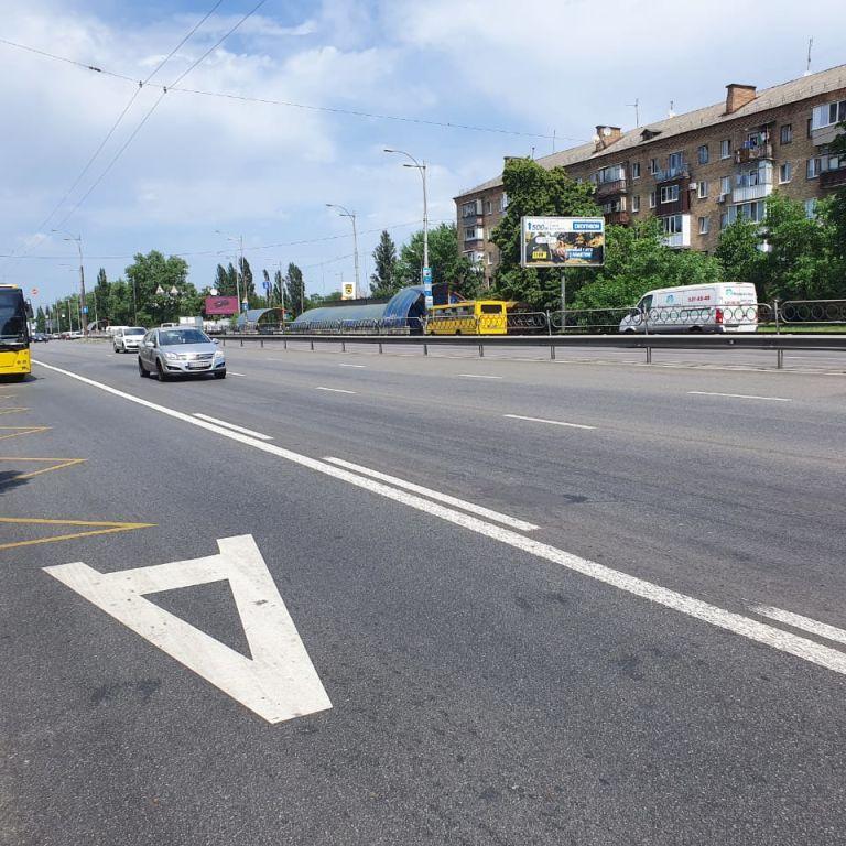 В Киеве проложат отдельные полосы для автобусов и троллейбусов: где именно