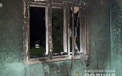 """""""Ділили спадщину"""": на Буковині чоловік підпалив будинок рідної сестри, у якому перебувала 4-річна дитина"""