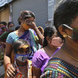 В Індії виявлено небезпечний штам COVID-19: вражає вакцинованих, вакцини не безсилі