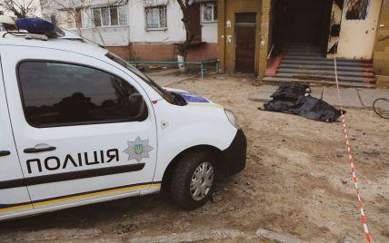 У Києві з багатоповерхівки викинувся боєць Нацгвардії - ЗМІ