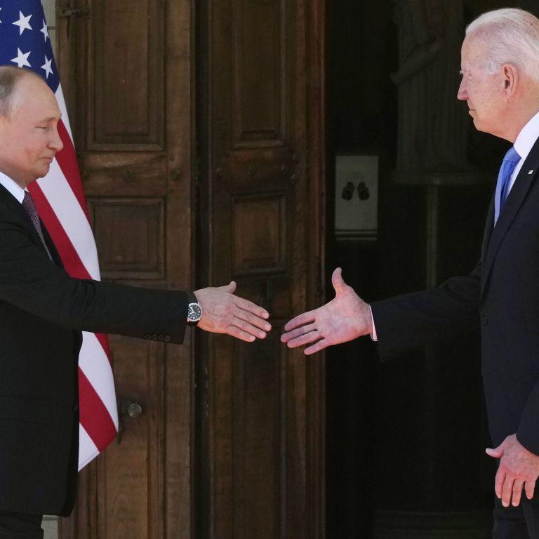 Путин получил то, чего хотел, а Байден показал, что он не Трамп: реакция мировых СМИ на саммит президентов РФ и США