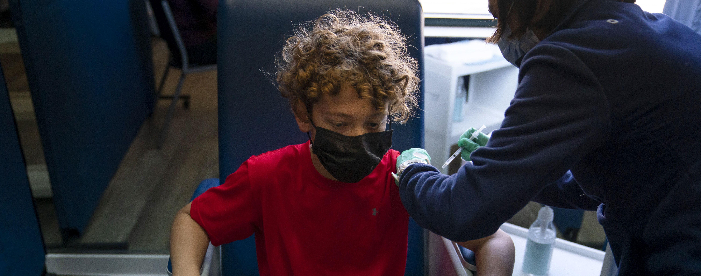 Вакцинация детей от коронавируса: експерт рассказала, с какого возраста можно прививать и какой вакциной