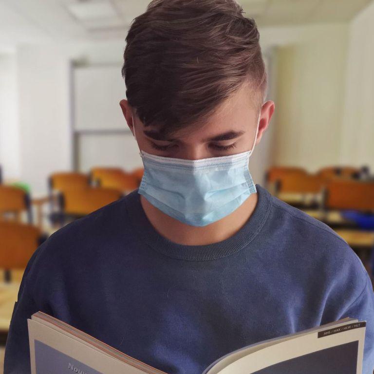 Стало відомо, скільки людей інфікувалися коронавірусом у Києві – дані за 18 вересня