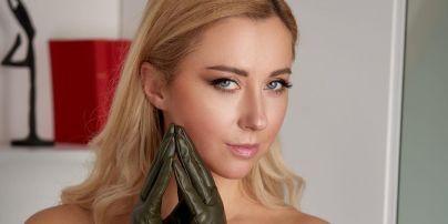 """Тоня Матвиенко в мини-тунике похвасталась ножками и показала своего """"Роберта де Ниро"""""""